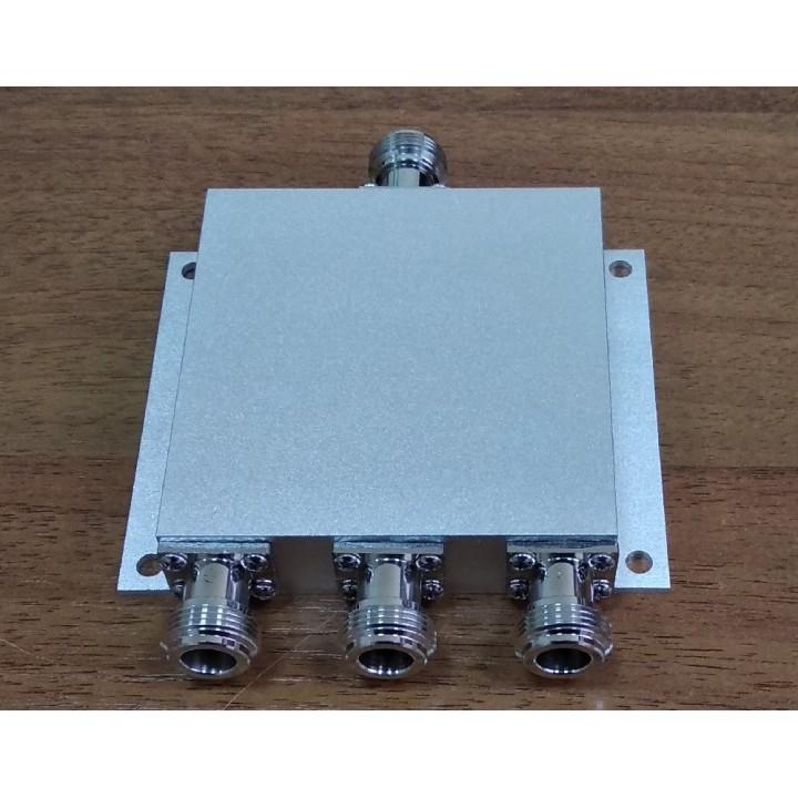 Делитель мощности 1/3.  ICS/GFQ-3-0825