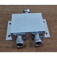 Сплитер  (делитель) мощности 1/2.  ICS/GFQ-2-0825